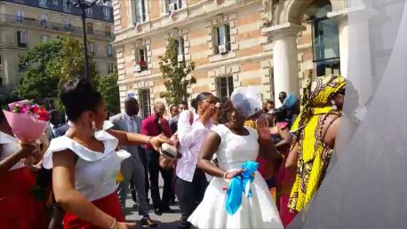 La mariée danse avec le son Kaboss-Ka